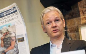 Assange01