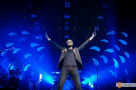 KASABIAN-at-OLYMPIA-THEATRE-by-STE-MURRAY-_-06