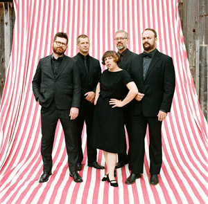 news_TheDecemberists_singolo+data_IMG_201411